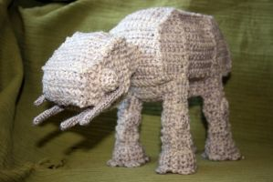 Crochet AT-AT by Soggy-Wolfie