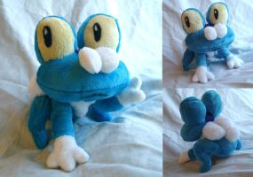 Pokemon Froakie Plush by dolphinwing