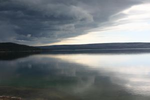 A lake and a sky by L7CBastion