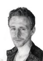 Tom Hiddleston by P-e-r-s-e-p-h-o-n-e