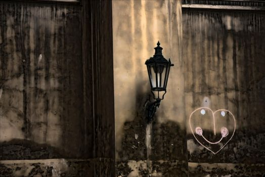 Lamp and wall art by lightzone