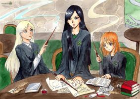 Daryena, Alienor and Dalia - Slytherin common room by Alkanet
