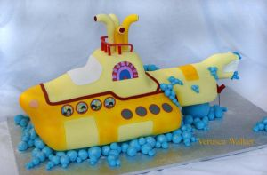 yellow submarine beatles Cakes by Verusca