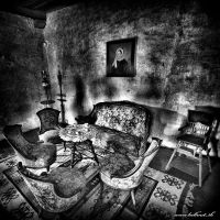 The abandoned tea party by hellmet