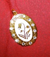 Secret Garden Pendant-Tulip by Valethia