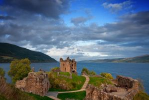 Urquhart Castle by rompus