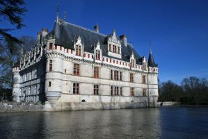 Castle of Azay le Rideaux by Avaloniteaa