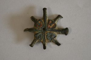 Anglo-Saxon brooch by Dewfooter