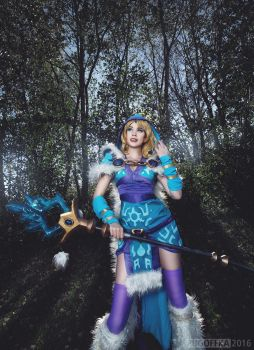 Rylai - Crystal Maiden Cosplay from Dota2. by TineMarieRiis