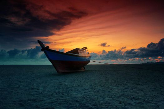 Left Boat by SatriyoTeguh