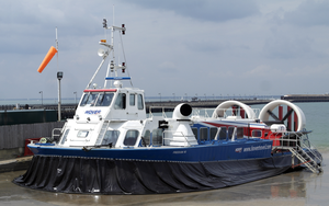 Hovercraft - Freedom 90 by michael-brown