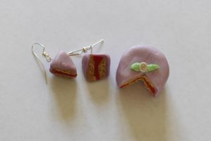 Purple Cake Charms by Purpl3Surreal