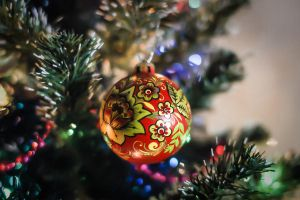 Khokhloma. Christmas tree decoration by Kosharik