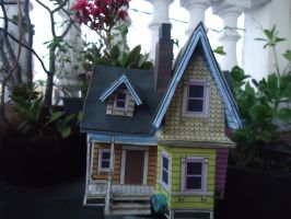 Up House Papercraft by MiekoChan59