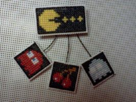Pac-Man Mobile Pin by Sew-Madd