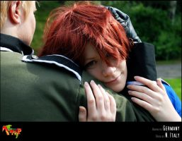 APH-cosplay: Snuggle by Kumagorochan