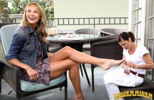 Stacy Keibler paint toenails by lowerrider