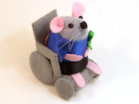 Clayton the Special Needs Mouse by The-House-of-Mouse