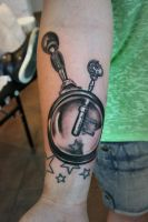 Key and magnifying glass by Nis-Staack