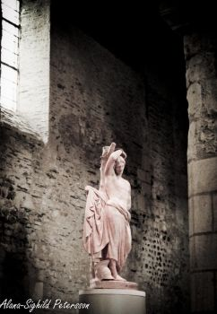 In the Eternity of a Statue by Sighild