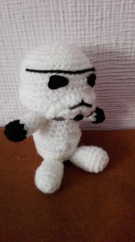 Trooper of crochet with voice by Frikivoodoo