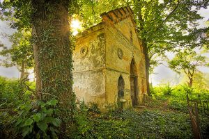 Old tomb by mjagiellicz