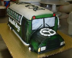 Big Green Bus Cake by Kahlan4