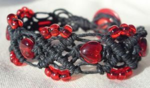 bleeding heart hemp bracelet by HempLady4u