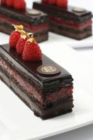raspberry chocolate cake by mohmmmed