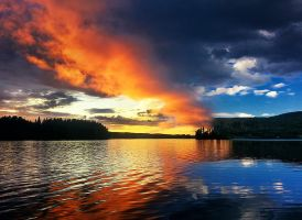 Day and night by RobinHedberg