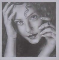 Pencil portrait of a woman by 13SweetYuna13