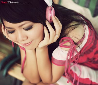 Pink, Music and Me v.2 by bwaworga