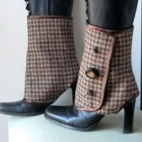 Brown Wool Spats by MONJIO