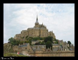 Mont Saint Michel by Nyila