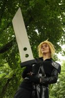 Cloud Strife action by ZaxCosplay