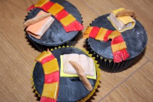 Harry Potter Cupcakes by peeka85
