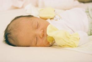 Newborn 4 by TortillaGirl