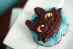 Toothless Cookie by laurenjacob