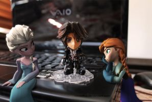 Elsa and Anna with Squall by vanadise