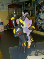 Umbreon papercraft 2 by Marlous2604