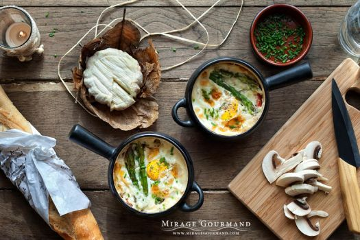 Cocotte with asparagus and mushro by MirageGourmand