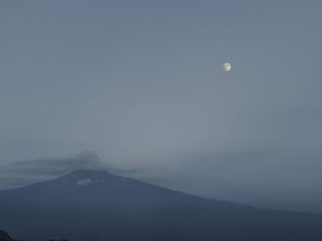 Earth and moon by gieffe22
