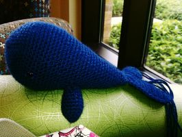 Crochet Whale by brightdarkness7