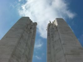 Vimy Ridge Monument by pegasuslolly