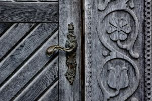 transylvanian door by torobala