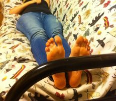 My best friend: toes at the edge of the bed by BlondeUchiha