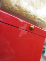 Yellow ladybug by geshorty34
