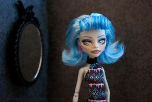 Monster High Repaint: Ghoulia 01 by ivy-cinder