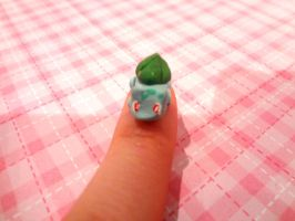 Teeny Tiny Bulbasaur by dolphingirl1205