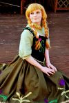 Disney Frozen: Anna of Arandelle Cosplay by GoldenMochi